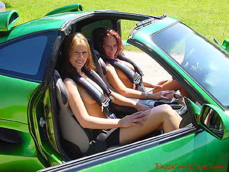 Pretty ladies and Porsche