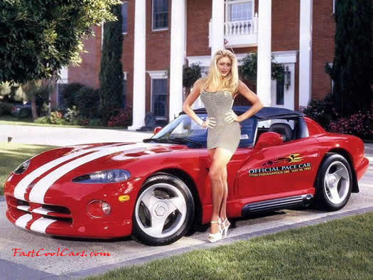 Pace car Dodge Viper with model